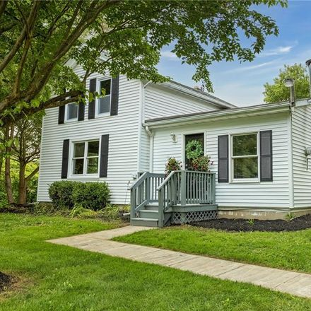 Rent this 3 bed house on Kilian Rd in Corfu, NY