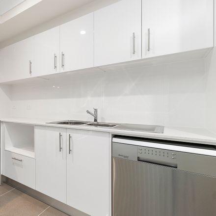 Rent this 2 bed duplex on 2/34 Weedbrook Street