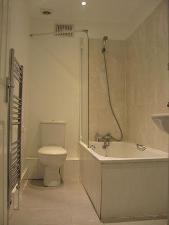 Rent this 3 bed house on Gordon Peck in Acupuncturist, 14 Culverden Down