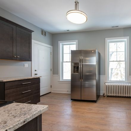 Rent this 3 bed townhouse on Ridge Road in Wilmette, IL 60091
