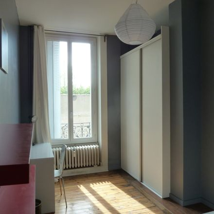 Rent this 1 bed room on 78 Rue des Docteurs Charcot in 42100 Saint-Étienne, France