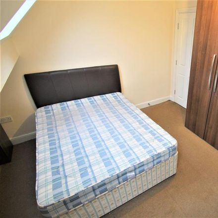 Rent this 8 bed room on Cardigan Road in Leeds LS6 3AF, United Kingdom