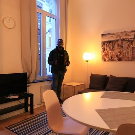 Rent this 1 bed apartment on Rue Saint-Michel - Sint-Michielsstraat 1 in 1000 Ville de Bruxelles - Stad Brussel, Belgium
