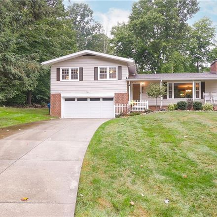 Rent this 3 bed house on 944 Wallwood Drive in Pigeon Creek, Copley Township