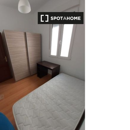 Rent this 3 bed room on Calle de Goya in 115, 28001 Madrid