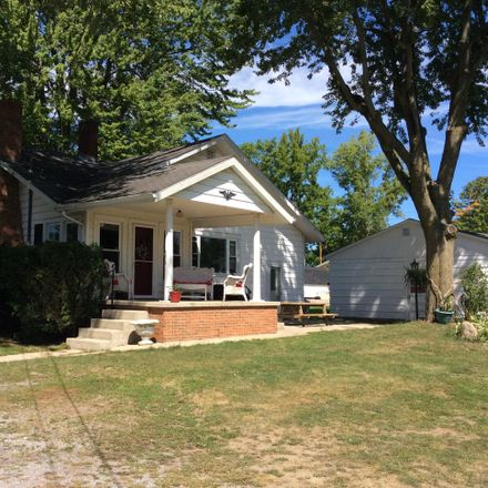 Rent this 2 bed house on 9010 Acheson Resort St in Lakeview, OH