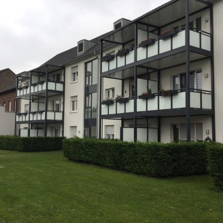 Rent this 2 bed apartment on Gladbacher Straße 67a in 41747 Viersen, Germany