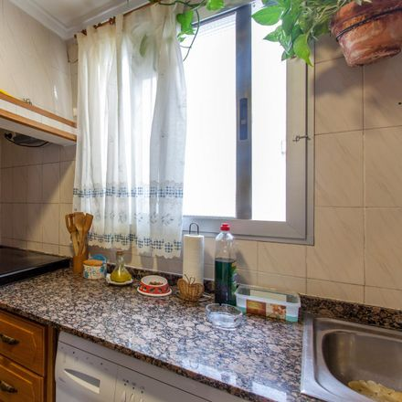 Rent this 3 bed room on Carrer dels Reis Catòlics in 46132 Tavernes Blanques, Spain