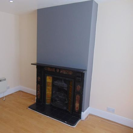 Rent this 1 bed apartment on 80 Catherine Street in Reading RG30 1DG, United Kingdom