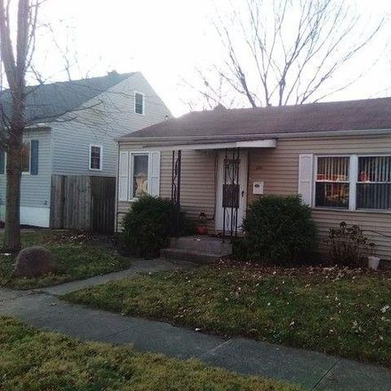 Rent this 3 bed house on 323 Dearborn Avenue in Bradley, IL 60915