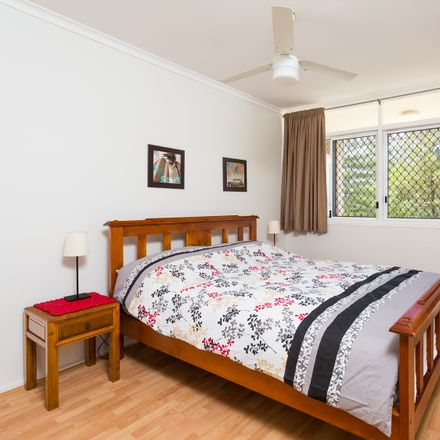 Rent this 2 bed house on 4C/50 The Esplanade