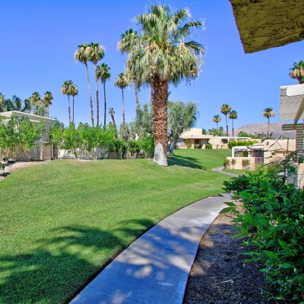 Rent this 3 bed condo on 47770 Mirage Court in Palm Desert, CA 92260