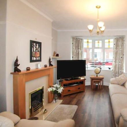 Rent this 2 bed apartment on Broadway Crescent in Blyth NE24 2PJ, United Kingdom