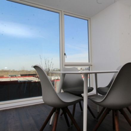 Rent this 4 bed room on Hudson Way in London E16 2GW, United Kingdom