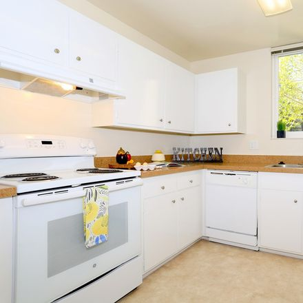 Rent this 2 bed apartment on Greek Orthodox Church in Covington Road, Belmont