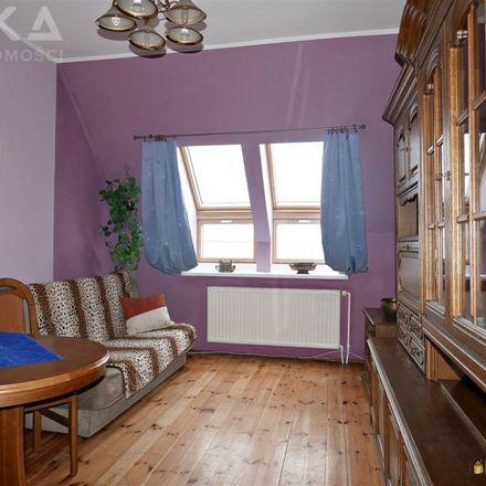 Rent this 3 bed apartment on Bydgoski Zespół Placówek Opiekuńczo-Wychowawczych in Romualda Traugutta 5, 85-122 Bydgoszcz