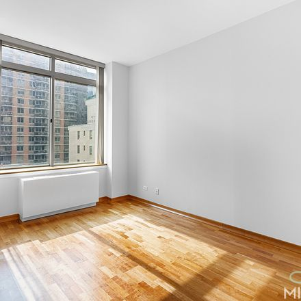 Rent this 1 bed condo on 236 East 47th Street in New York, NY 10017