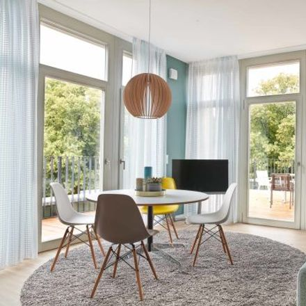 Rent this 5 bed apartment on Eiswerderstraße 17 in 13585 Berlin, Germany
