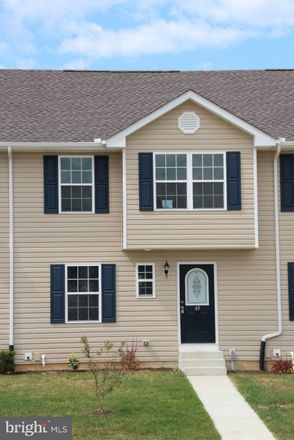 Rent this 3 bed townhouse on 49 Bay Hill Ln in Magnolia, DE