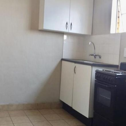 Rent this 1 bed apartment on Super Avenue in Hillbrow, Johannesburg