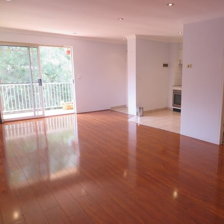 Rent this 2 bed apartment on 10/86-94 Kissing Point Road