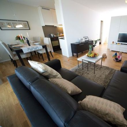 Rent this 3 bed apartment on Quartiers-Box in Riedmatt, 6303 Zug
