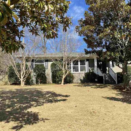 Rent this 3 bed house on 1900 Highfield Drive in Vestavia Hills, AL 35216
