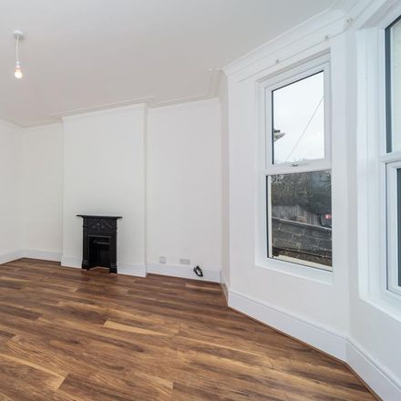 Rent this 3 bed apartment on Old Shoreham Road in Portslade by Sea BN41 1XR, United Kingdom