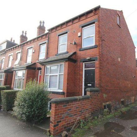 Rent this 7 bed house on Chestnut Avenue in Leeds LS6 1BA, United Kingdom