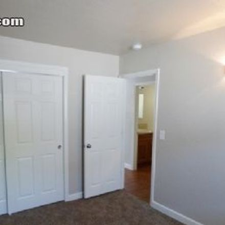 Rent this 2 bed apartment on Del Paso Country Club in 3333 Marconi Avenue, Del Paso Heights