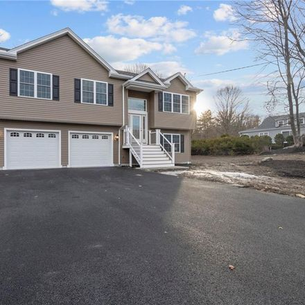 Rent this 3 bed house on Old Pocasset Road in Johnston, RI 02919
