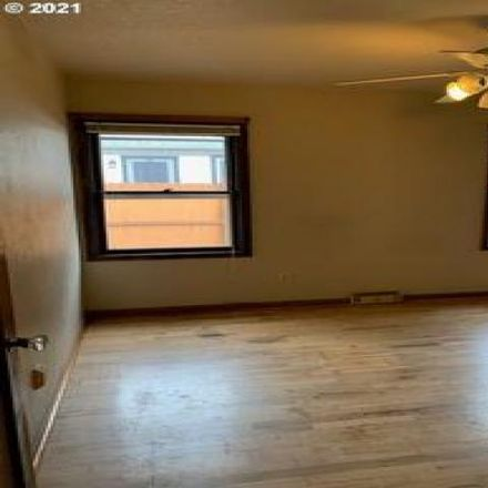 Rent this 3 bed house on 8355 Northeast Tillamook Street in Portland, OR 97220