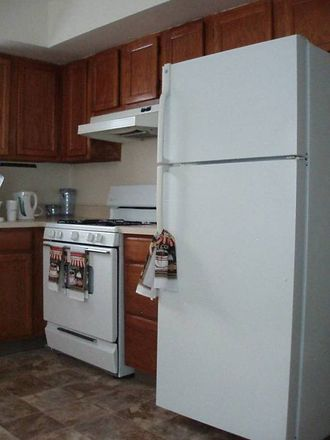 Rent this 0 bed room on 3432 Henry Avenue in Philadelphia, PA