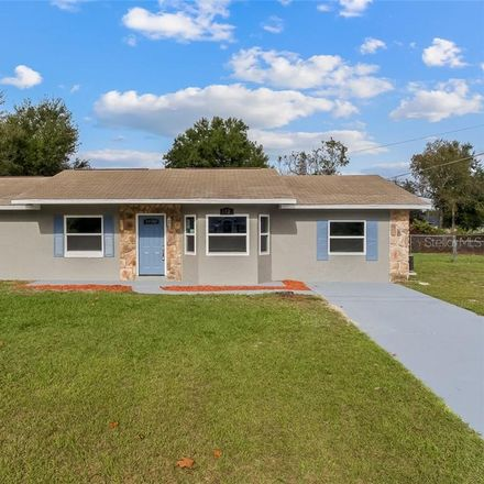 Rent this 3 bed house on 112 South Courtland Boulevard in Deltona, FL 32738