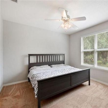Rent this 3 bed condo on 3029 Mojave Oak Drive in Hillsborough County, FL 33594