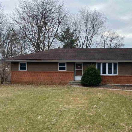 Rent this 3 bed house on Gentian Dr in Machesney Park, IL