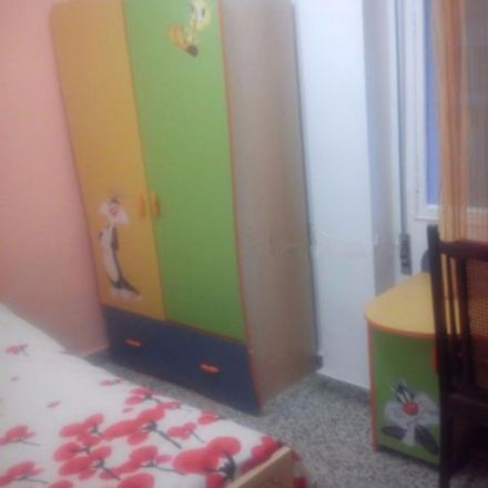 Rent this 4 bed room on Calle Cuarteles in 23, 29002 Málaga
