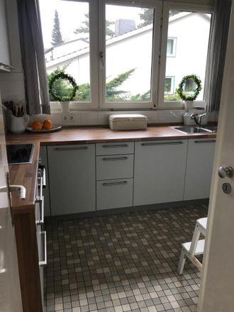 Rent this 3 bed apartment on Schefflerweg 9 in 22605 Hamburg, Germany