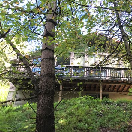 Rent this 2 bed loft on Kennetta Ln in Palmerton, PA