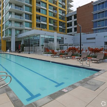 Rent this 3 bed apartment on 424 15th Street in San Diego, CA 92101