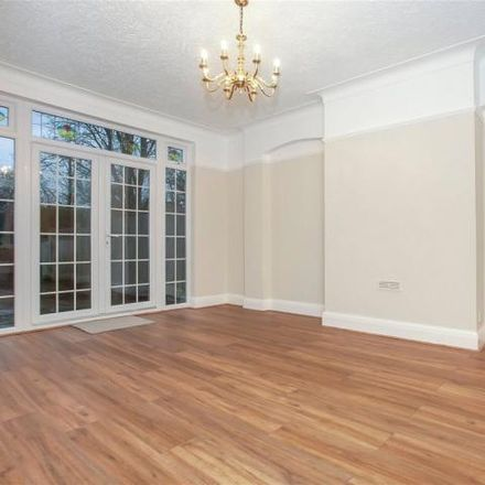 Rent this 3 bed house on Bowes Park in Wilmer Way, London N14 7HT