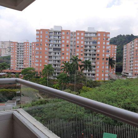 Rent this 3 bed apartment on Avenida 4B Oeste in Comuna 2, 760044 Perímetro Urbano Santiago de Cali