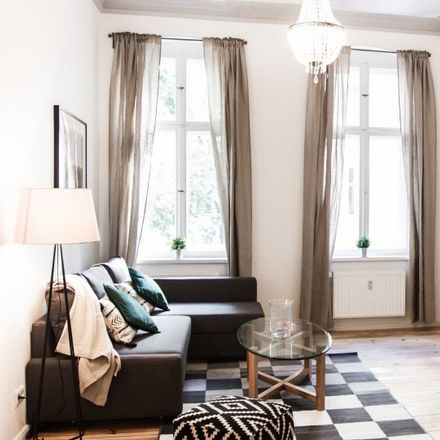 Rent this 3 bed apartment on Wiclefstraße 59 in 10551 Berlin, Germany