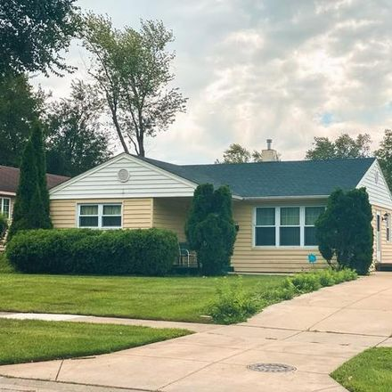 Rent this 3 bed house on 2631 South Street in Rolling Meadows, IL 60008