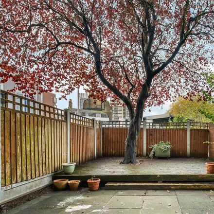 Rent this 2 bed apartment on Crondall Court (45-180) in Crondall Street, London N1 6JG