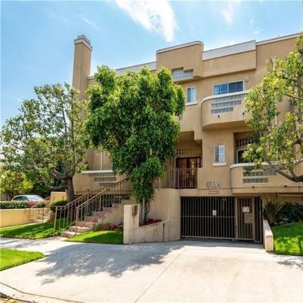 Rent this 2 bed condo on 4129 Cahuenga Boulevard in Los Angeles, CA 91602