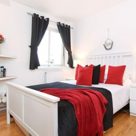 Rent this 2 bed apartment on The Wheelhouse Cafe in 140 Main Street, Newtongrange EH22 4PF