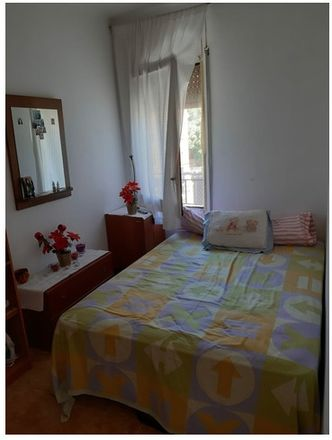 Rent this 3 bed room on Carrer Felip Canalias in 08750 Molins de Rei, Barcelona