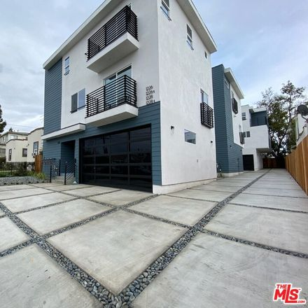 Rent this 3 bed townhouse on 1226 North Kenmore Avenue in Los Angeles, CA 90029