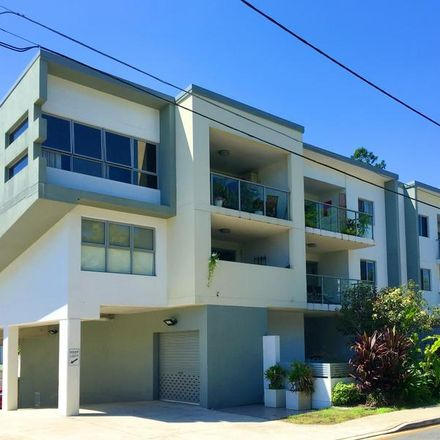 Rent this 2 bed apartment on 5/4-6 Lockhart Street